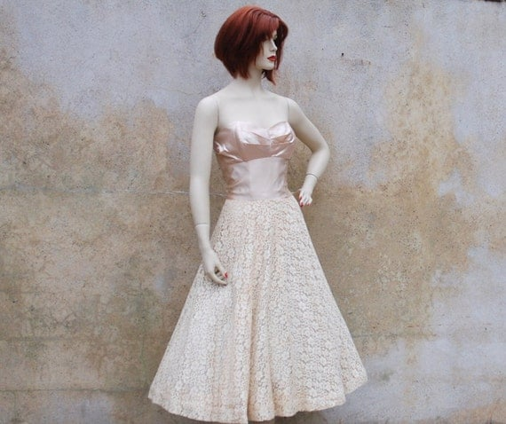 Reserved for Lisa 1950s wedding dress - champagne satin and ivory lace wedding/prom/party dress medium