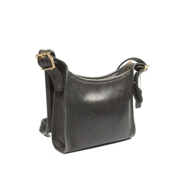 Cross Body Purse / Black Leather COACH Handbag