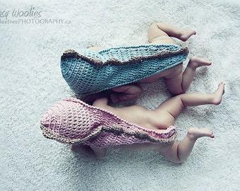 Newborn CROCHET HAT PATTERN: 'Stegosaurus Sweet', Photo prop