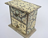 ROMANTIC SECRETS/ Vintage look/ MINI jewellery wooden chest/ Great woman s gift