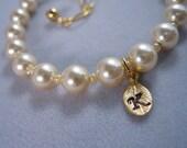 Child Pearl bracelet, Single Pearl strand, Initial Leaf Bracelet, Flower girl Bracelet, Wedding Jewelry Gift, Holiday Gift