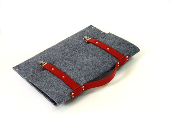 MacBook 15 Pro sleeve grey case synthetic felt briefcase with red leather straps and handle made by SleeWay