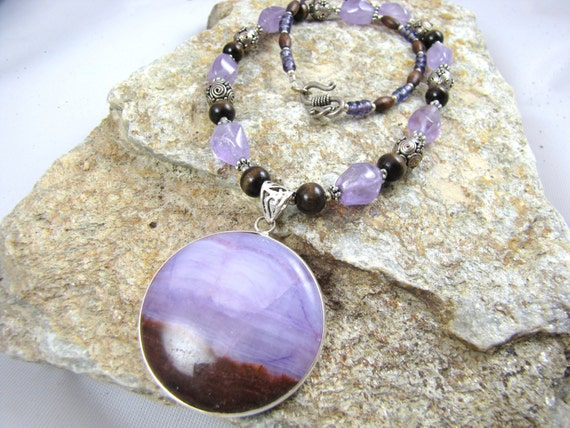 Sterling silver and pale purple gemstone necklace