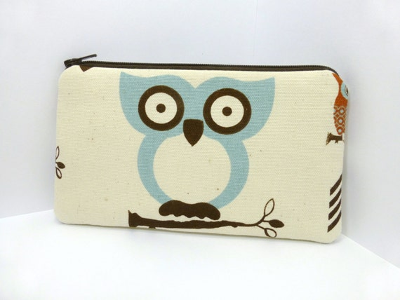 Zipper Pouch Small Clutch Padded Cell Phone Purse - Hootie Owl Pale Blue
