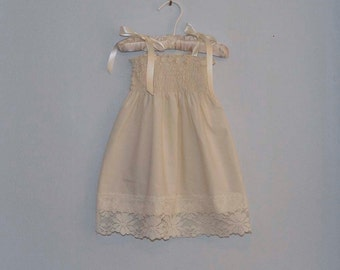Rustic Lace Flower Girl Dress...Rustic Wedding... Cream, Ivory or White... Eco-friendly...6m,9m,12m,18m,2t,3t,4t,5,6,7,8