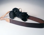 Handmade personalized Leather Camera Strap, DSLR Strap, Camera Neck sling hand stitching, free initials or name unisex / Italian leather