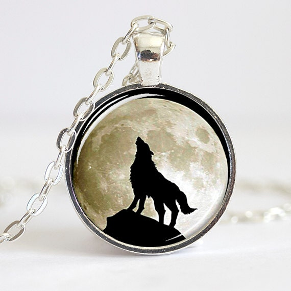items similar to howling wolf necklace pendant wolves