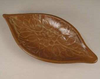 Floral design spoon rest - soap dish - jewelry dish - trinket tray - Red Gold Shino Glaze