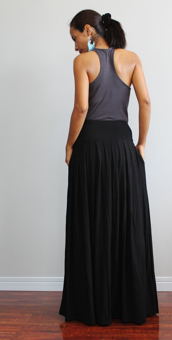 bc3c754bfc Black Maxi Skirt Long Skirt : Autumn Thrills by Nuichan on Etsy