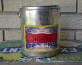 Vintage retro Wisconsin honey pail--Summertime Honey Co. Milwaukee, WI 1947