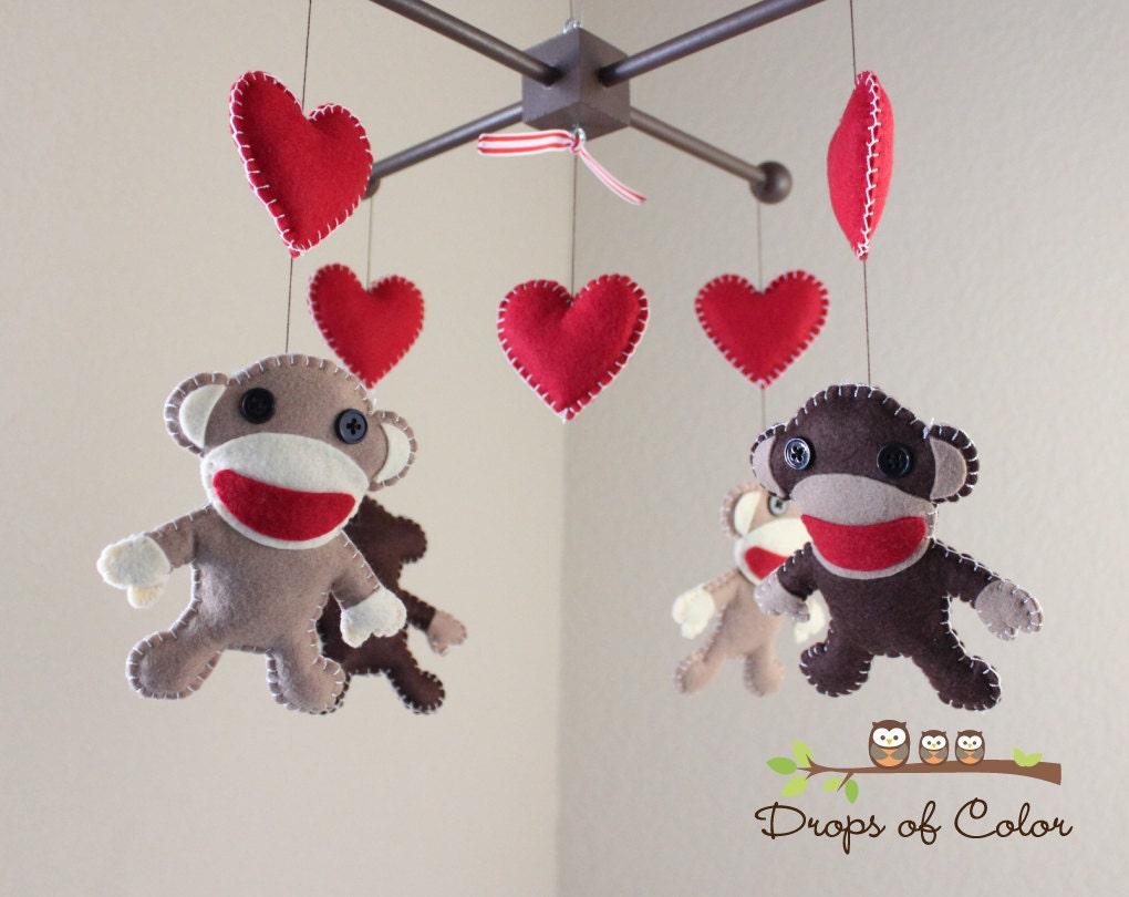 baby mobile baby crib mobile sock monkey and hearts - 🔎zoom