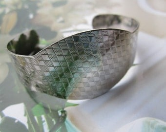 Vintage Polished Steel Textured Cuff Bracelet 1Pc.