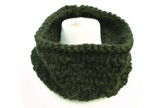 Mens knitted cowl neckwarmer forest green.