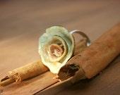 White rose lemon adjustable ring