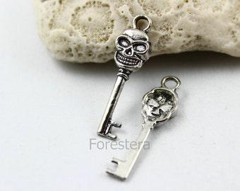 25Pcs 28x8mm Antique Silver Skull Key Charm Pendant (PND025)
