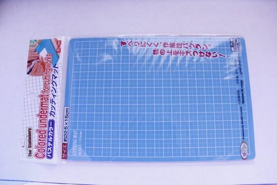 DAISO 22.5cm x 15cm CUTTING MAT for all kinds of craftwork ... : quilting cutting mat - Adamdwight.com