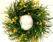 SPRING COUNTRY CHIC Twig Wreath-Spring Door Wreath-.Yellow Berry Wreath-Country Home Decor-Summer Door Wreath-Custom-Choose your Scent
