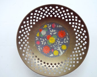 Vintage Decorative Brass Bowl Made in India 1970s