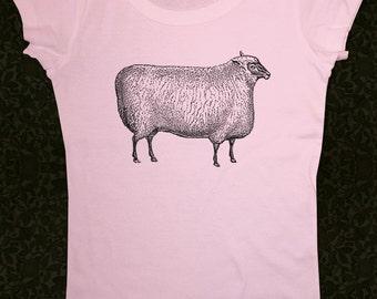 Sheep 03 - Women's Short Sleeve Scoop Neck Cotton T-Shirt Contoured Fit