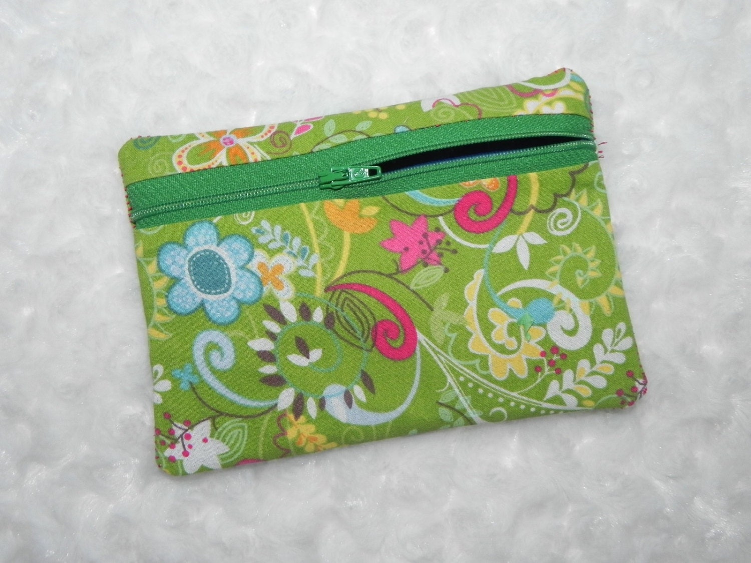 In the hoop lined zippered bags by shelbynicoledesigns