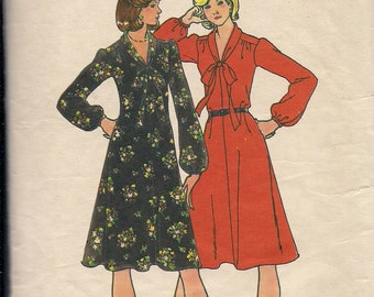 1970's Sewing Pattern Butterick 4030 Misses dress size 18