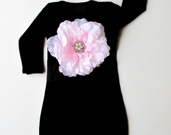 Boutique Baby Black Layette  pink Flower Infant Gown and Hat set