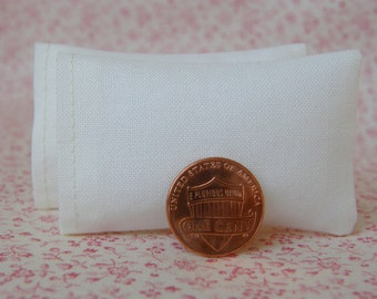 Dollhouse Miniature Set of 2 Solid Ivory Bed Pillows - 1:12 scale