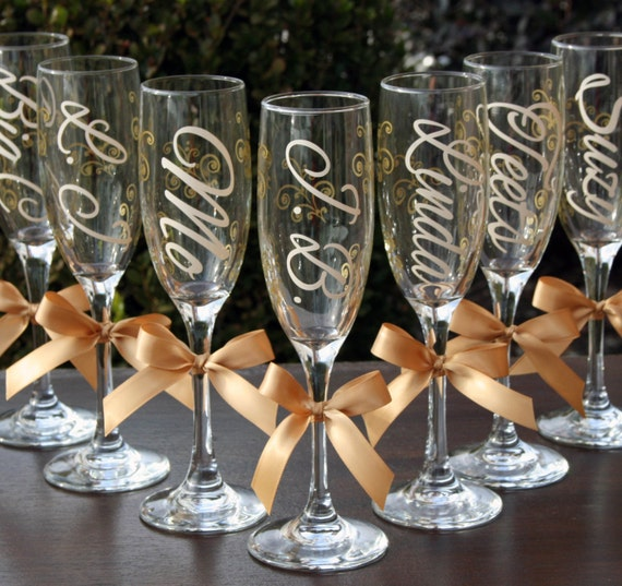 10 Monogrammed Bride and Bridesmaids Champagne Flutes