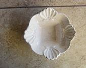 McCoy Pottery White Scalloped Edges Speckled  L40 Vintage