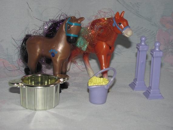 Vintage kenner littlest pet shop prancing parade ponies for Home decor kenner