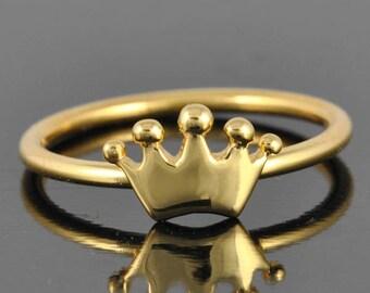 Crown ring, gold ring, princess crown ring, dainty ring, tiara ring, sweet 16 jewelry