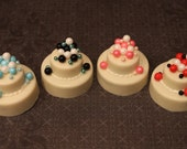 One Dozen Chocolate or Vanilla covered oreos - Wedding Cake Pearl Collection