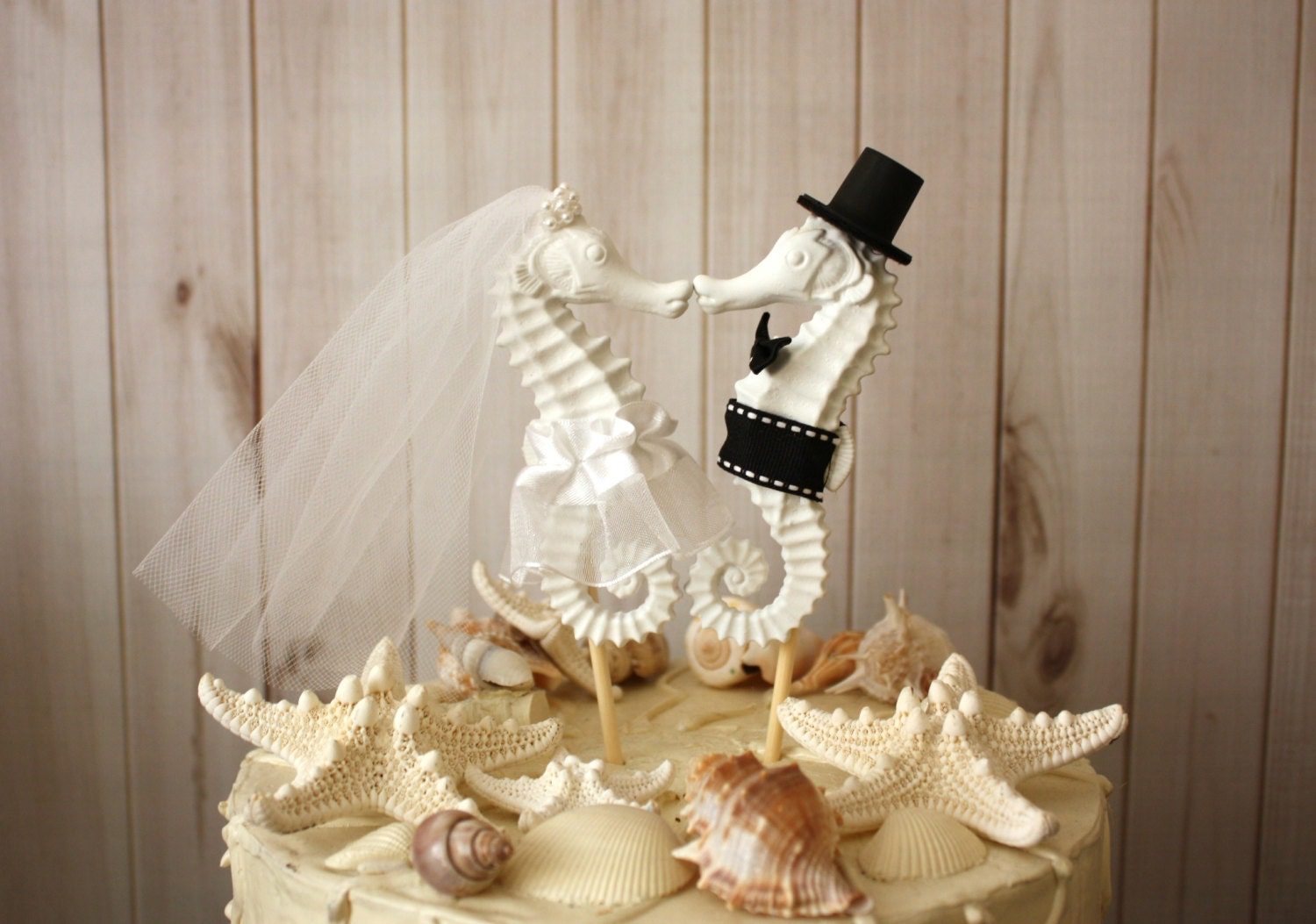 Kissing Seahorse Wedding Cake Topper