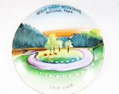 vintage collectibles, vintage souvenir plate, Great Smoky Mountains National Park, Loop Over, hand painted plate