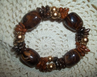 Fabulous Beaded Brown And Gold Stretch Bracelet
