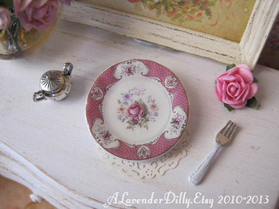 Pink Staffordshire Rose Dollhouse Plate