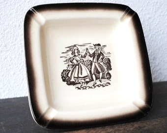 Vintage Ashtray Change Tray Dish, Colonial Dancing Couple, Airbrush Ceramic Mid Century Collectible Decor