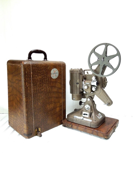 Vintage Projector Keystone Regal Model K109 8mm Film Projector -> Vintage Möbel Regal