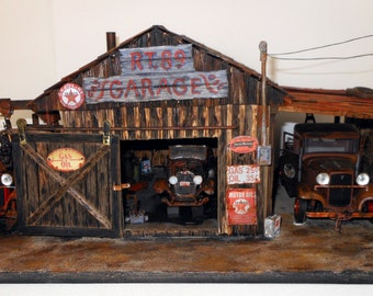 1:18 Diorama of a Old 1934 Garage/Gas station