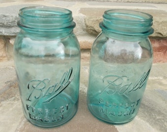 Vintage Blue Ball Mason Set of 2 Quart Jars Vase Centerpiece Wedding Decor DIY Project US Shipping Included