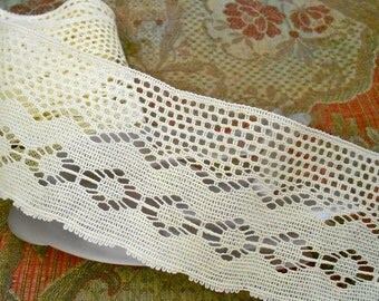 Pale Yellow Lace Trim