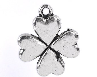5 Four Leaf Clover Charm Pendant Antique Silver 21x17mm - Ships Immediately from California - SC637