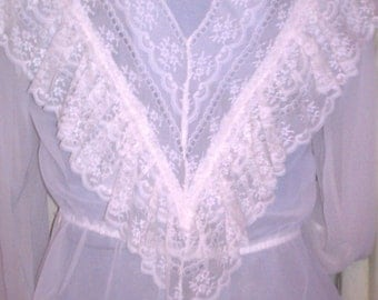 Vtge 60s beautiful Edwardian sheer lace ruffle shirt blouse ivory/ cream med - lg