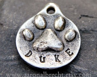 Personalized Dog Tags for Dogs - Pet Tag - ID Tag - Pets Accessories - Custom Handmade Paw Print