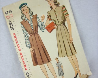 Vintage 40s Dress / Jumper  and Blouse Sewing Pattern, Simplicity, 4775