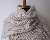 Hand knitting beautiful hot men's scarf