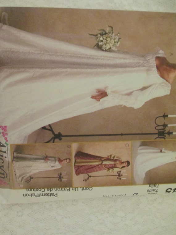 Renaissance wedding dress costume history mccall s 2645 sewing pattern