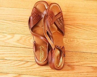 Brown Leather Sandals,  1970's LEATHER Sandals, Retro Hippie Shoes, Women's Accessories, Shoes For Summer