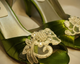 Green Wedding Shoes with Ivory or white appliqués - Olive Green Bridal Shoes with ivory trim, Peep Toe Closed Heel, Olive Green Satin Heels