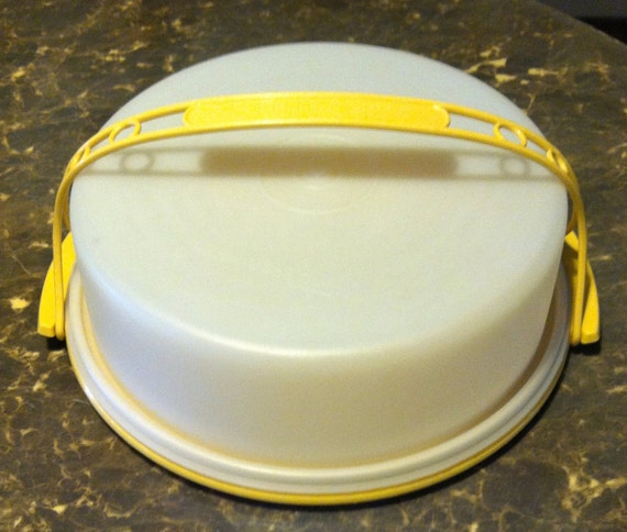 Vintage Tupperware Pie Cake Carrier With Handle Harvest Gold